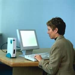 busi ordi w - Devant l'écran et en bonne position - Devant l'écran et en bonne position