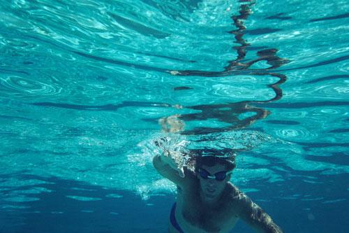 Des exercices et cours d'aquagym pour être heureux comme un poisson dans l'eau