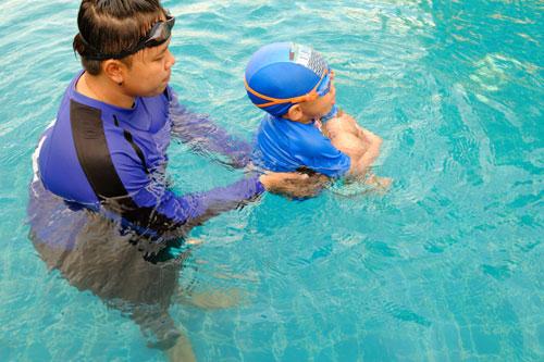 aquagym ou gym aquatique